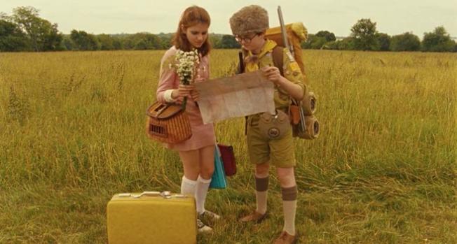 Suzy e Sam repassam o plano de fuga