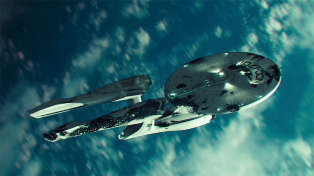 Além da Escuridão - Star Trek - Cena