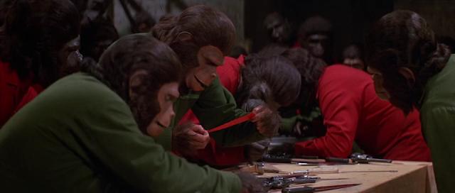A Conquista do Planeta dos Macacos - Cena 2