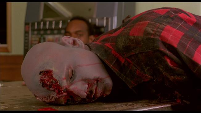 Zombie - O Despertar dos Mortos - Cena 5