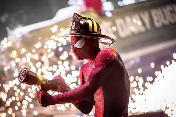 O Espetacular Homem-Aranha 2 - A Ameça de Electro - Cena 3