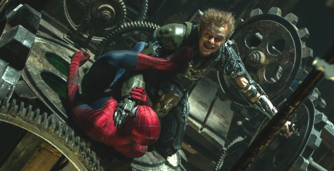 O Espetacular Homem-Aranha 2 - A Ameça de Electro - Cena 4