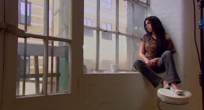 Amy - Cena 2