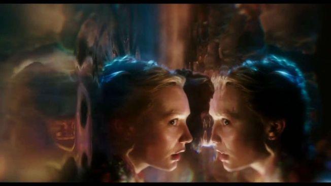 Alice Através do Espelho - Cena 4